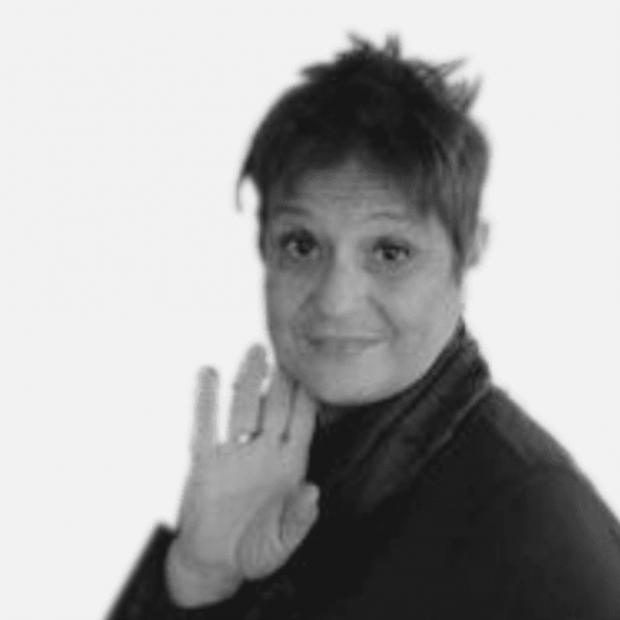 Maria Ivonne Diringuer Santoro